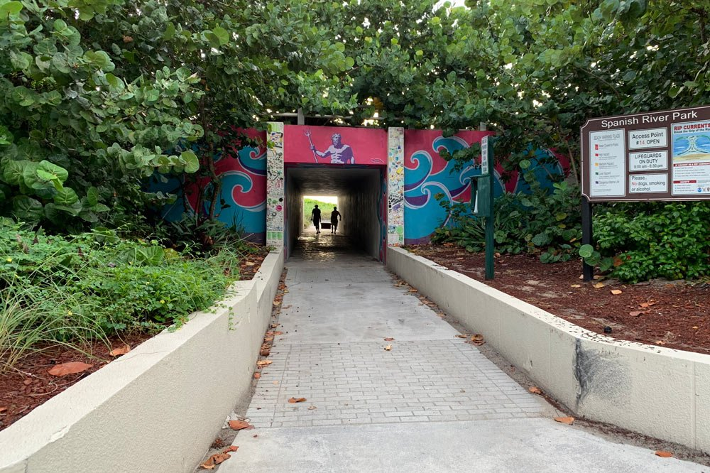 tunnel to the beach
